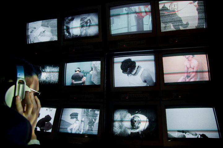 ex-ren_wall-of-surveillance